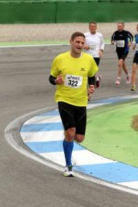 Hockenheimringlauf 2013 - noch 1km, es wird hart